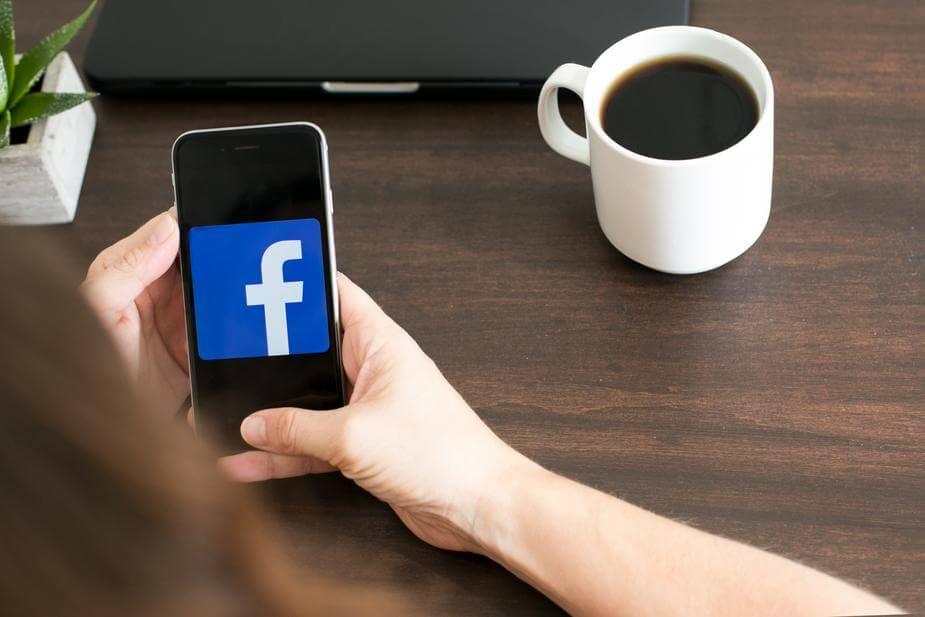 facebook mobile 925x 1
