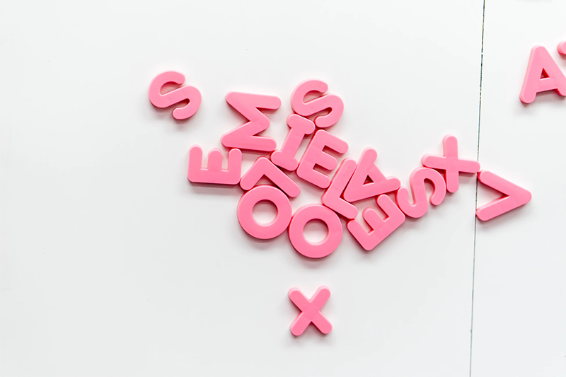 letters pink